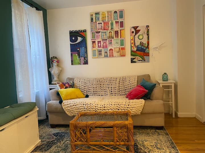 Quiet & Comfortable Upper East Side Entire Apt