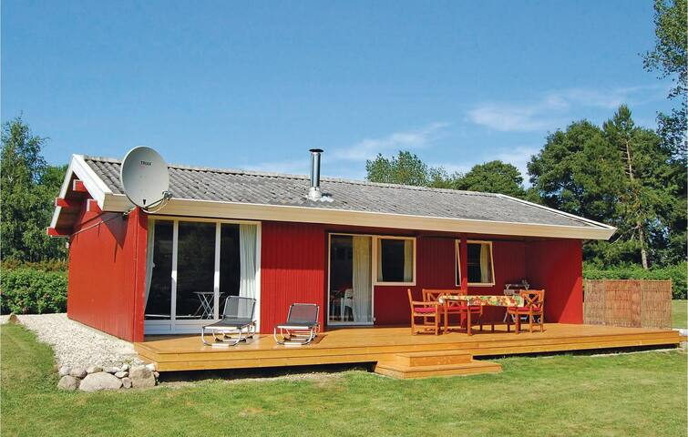 Holiday cottage with 3 bedrooms on 76m² in Tranekær