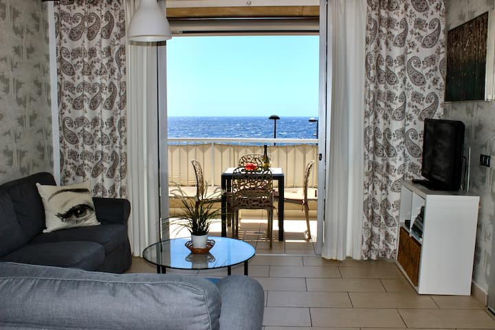 2BDR Ocean View apartment