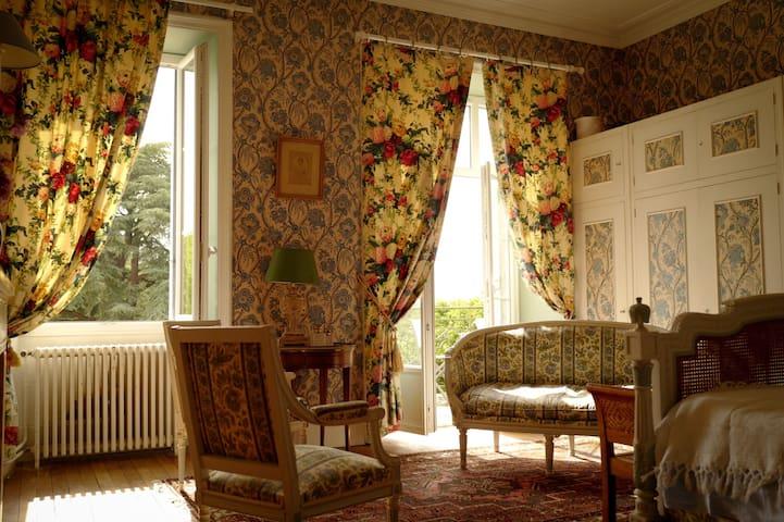 Suite Nina French,  château expérience