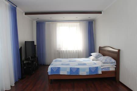 Уютная  квартира - Podolsk