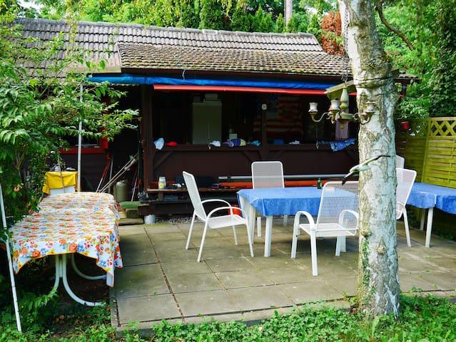 Wochenendhütte Für Naturliebhaber, nahe Badesee - Roppenheim - Huis
