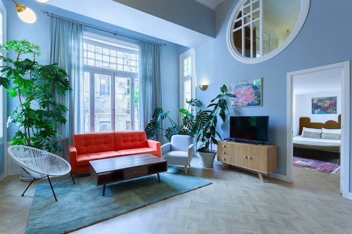 ✦2BR stylish Mezzanine 2min. from Rustaveli ave.✦