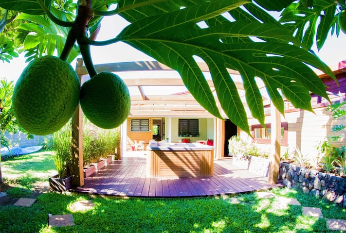 Lelagonzen villa avec Jacuzzi près lagon - L'Ermitage-Les-Bains - Casa