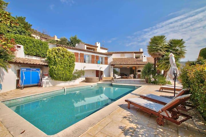 Superbe villa pour des vacances inoubliables