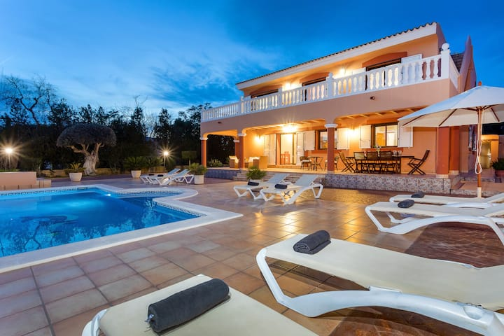 Villa in Ibiza with private pool - Villa Tino