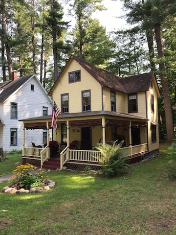 Summer Cottage in Historic Sacandaga Park