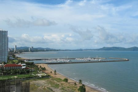 Private Beach studio panorama view. - Pattaya City