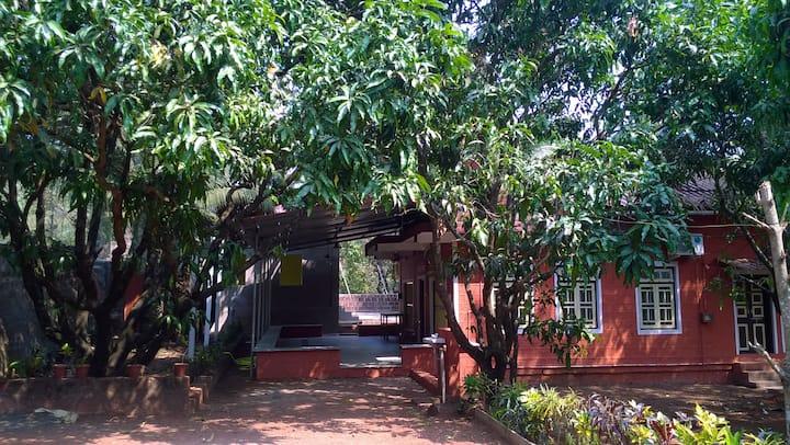 Village Nirvana - Bungalow in the Mango Farm