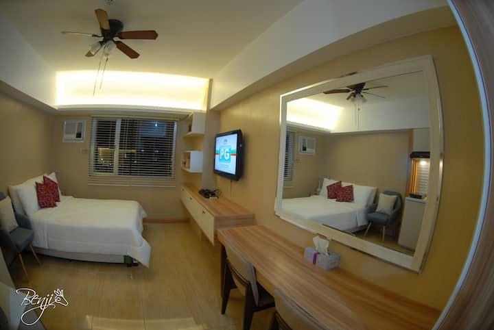 Iloilo city Comfortable & hotel setup Condominium