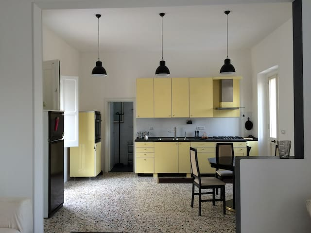 Independent loft in protected medieval district - Giuliano - Dom