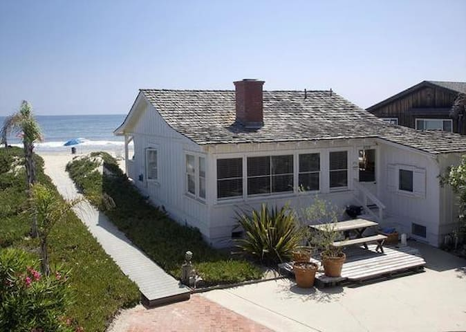 Cottage on the beach of Carpinteria, California - Carpinteria - Maison