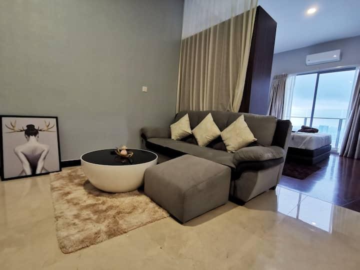 Lvl 40 Seaview [Netflix&Massage Chair]@Melaka Town
