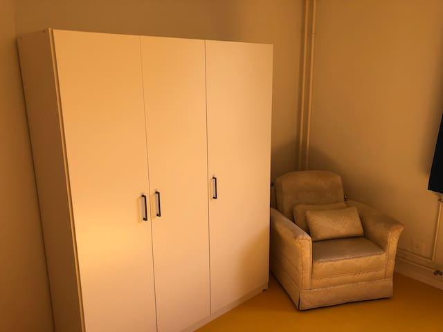 Möblierte Zimmer zu vermieten