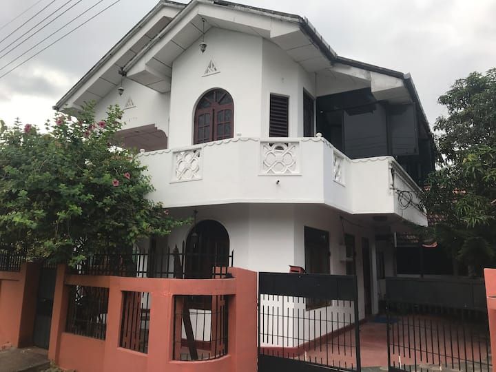 Spacious house in Batticaloa town