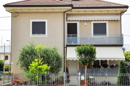 GiaLoSa biker house 2/appartamenti turistici