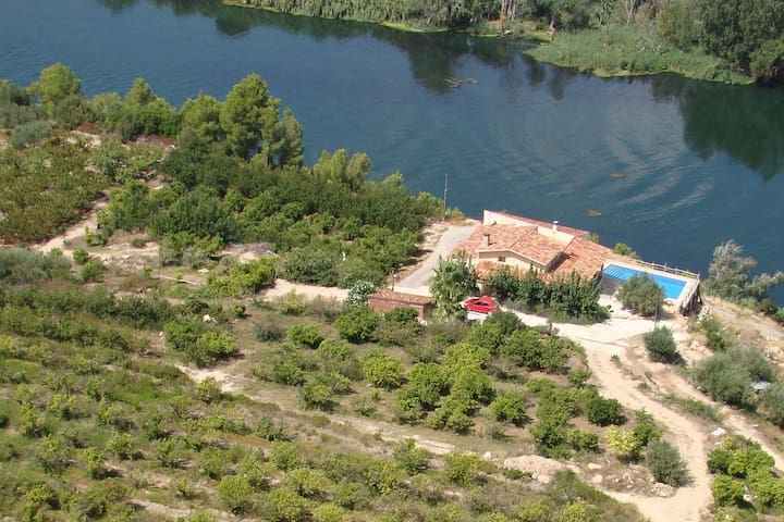 El Figueral, Finca on the River Ebro
