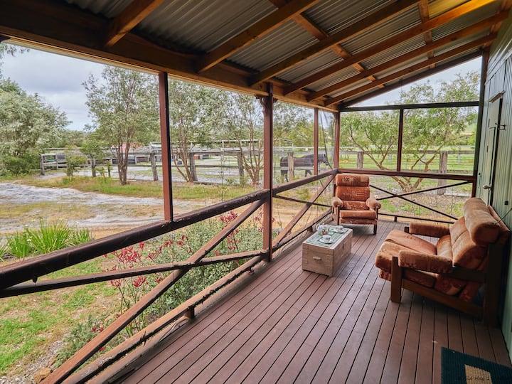 Cockatoo Cottage
