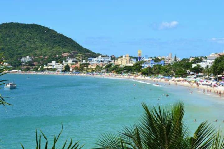 Local Paradisia Lindíssima  Praia  de Bombinhas