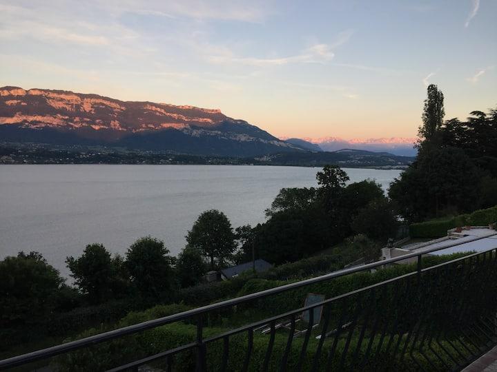 Appartement vue panoramique sur Lac du Bourget