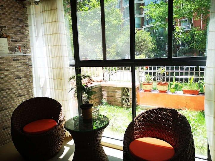 享受私家花园的度假公寓一悠居