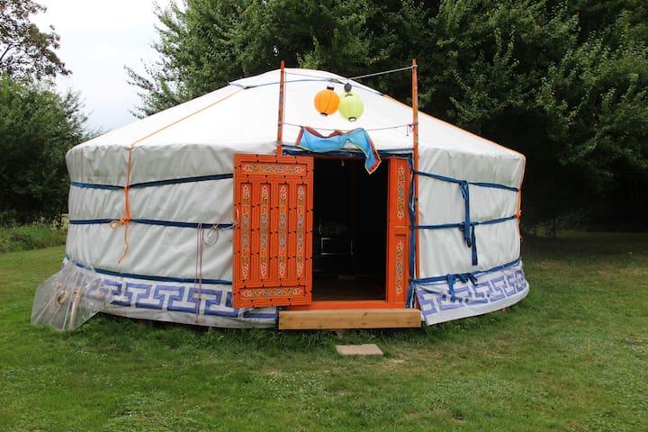 Sfeervolle rust in een authentieke yurt - Mont-et-Marré - Jurta