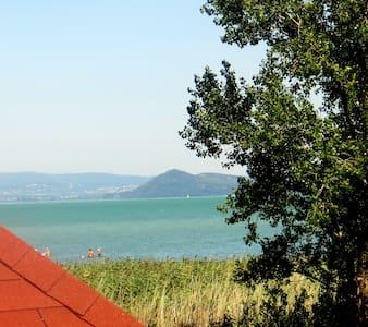 Beachhouse am Plattensee / Balaton mit Klimaanlage - Balatonszárszó