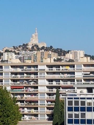Notre Dame de la Garde (vue de la terrasse)