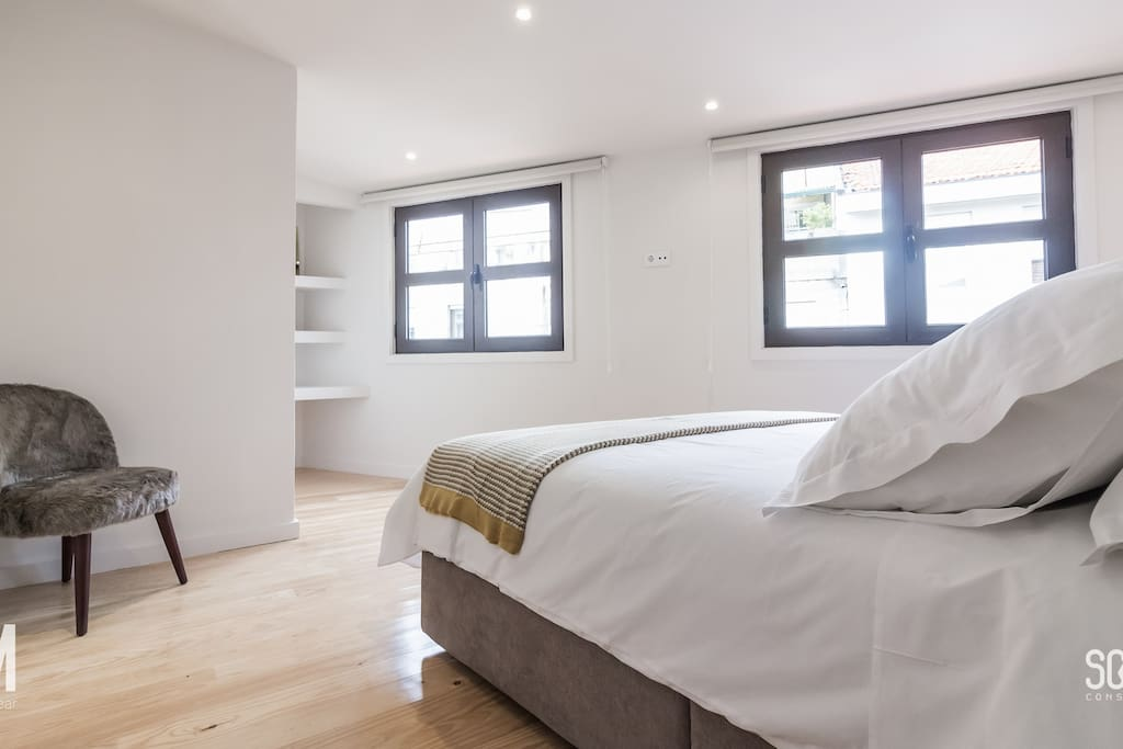 Oporto Near - Apartment 3.1 - Literature - Taupe (Bedroom)
