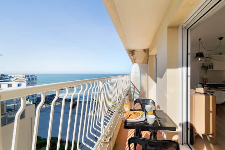 BELLEVUE - Appartement Design en Centre Ville de Biarritz, Balcon, Vue mer & Parking - BARNES