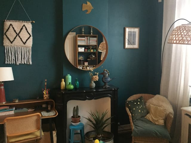 Maison calme, confortable et conviviale.