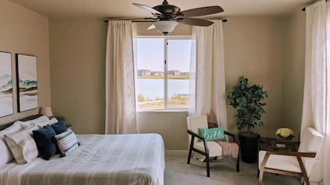 Lake House Guest Suite - Perfect Location!!!