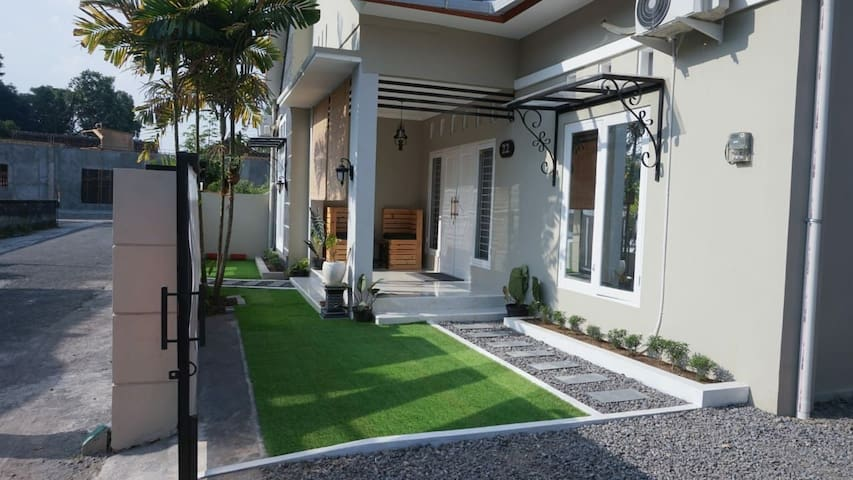 Elsa Noor Guest House Yogyakarta