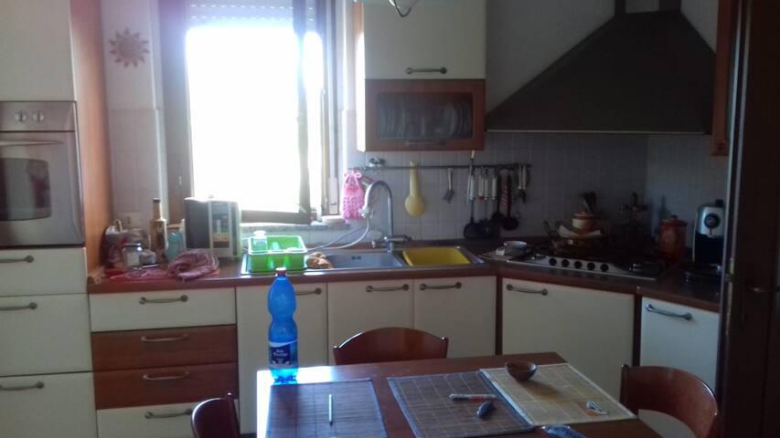 Francesco' s flat è l'ideale per il vostro relax.