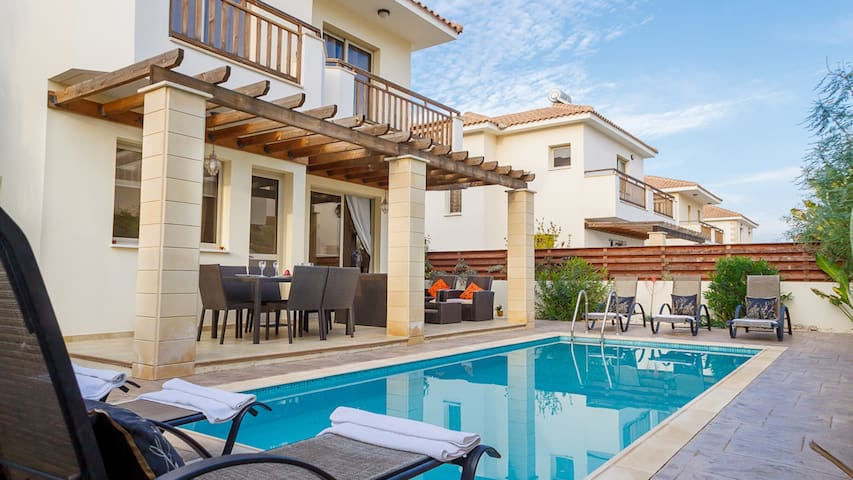 RENT your luxury PRIVATE VILLA 154 in Cyprus