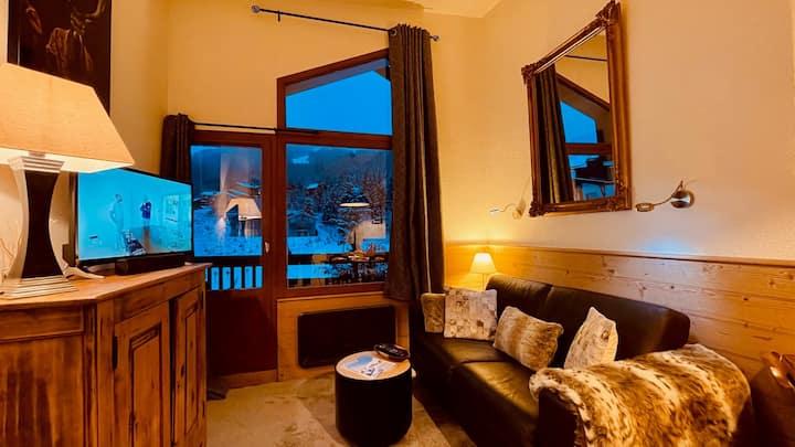 Superbe appartement d'angle skis aux pieds.