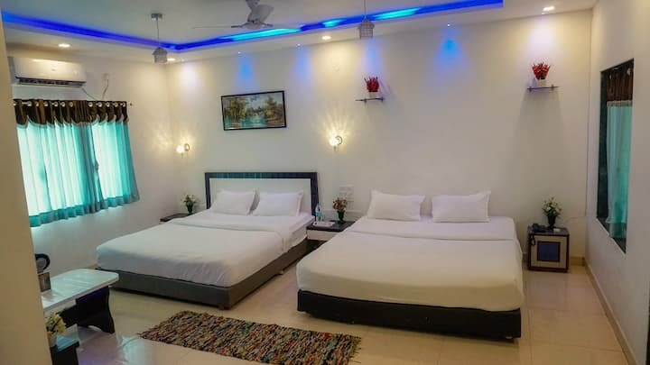 Hotel Silver inn Mahabaleshwar-Family Room