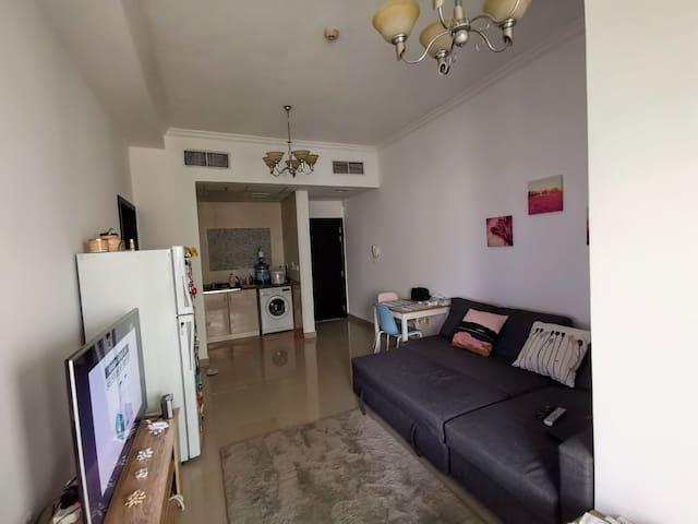 1 bedroom for 3 months from 1st Sep  in Dubai JLT