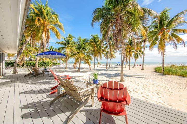 Relaxing, waterfront retreat w/boat dock & amazing ocean views