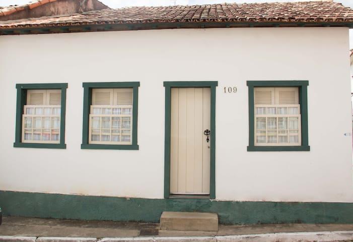 Casa/quartos charmosos c/ café da manhã SJDR - MG - São João Del Rei - Casa