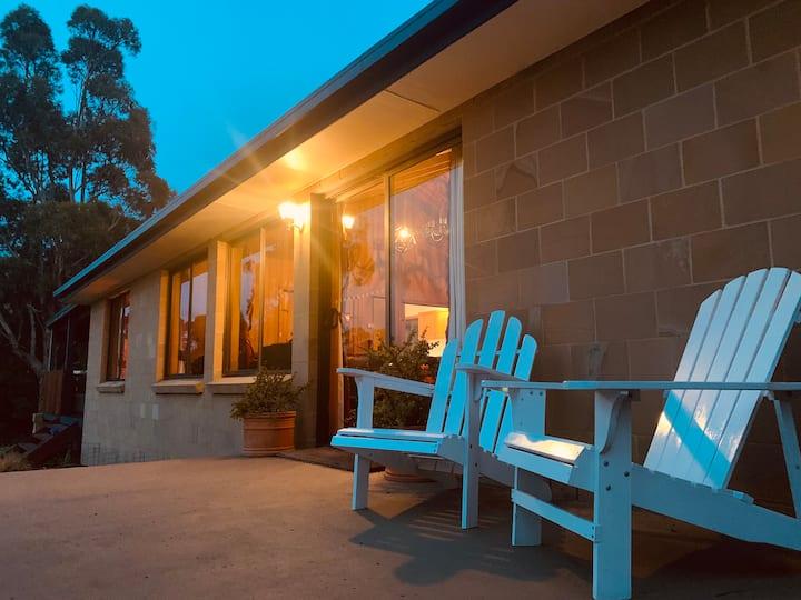 Lunawanna Lodge | Bruny Island | Spa + Sauna