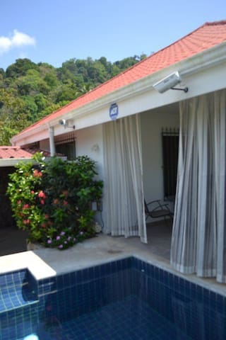 Beach Bungalow Just off the Beach in Jaco w/ Pool