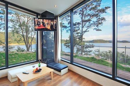 Gorgeous Lake View - Unit 001 - Yesan-gun - Villa