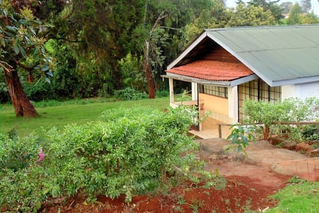 Geosophy's Holiday Home.  Cosy and serene Cottage - Limuru Town.
