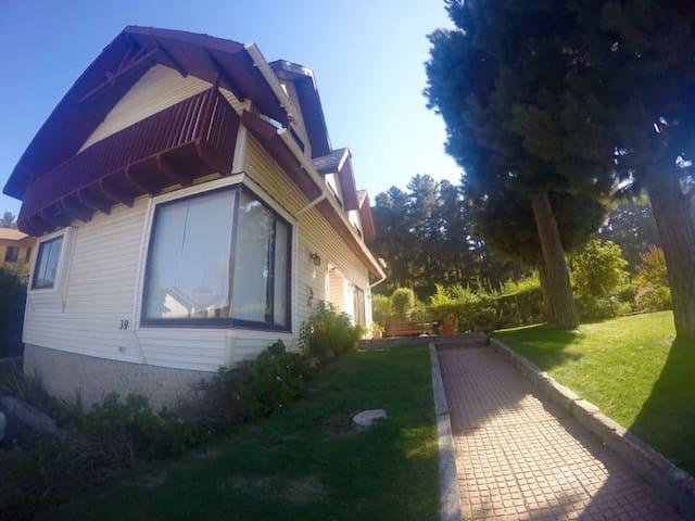 Hermosa casa en Pingueral - Tome  - Ev