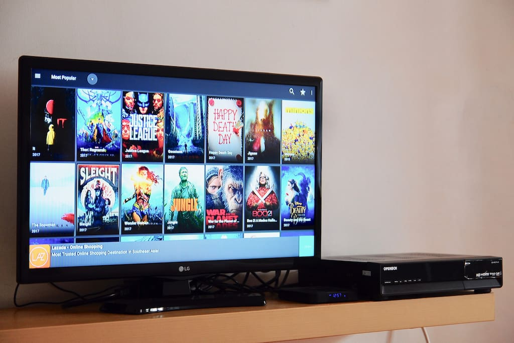 Stay Entertained with In Room Smart TV with 100+ Channels, Latest Movies, TV Shows, YouTube and Many More