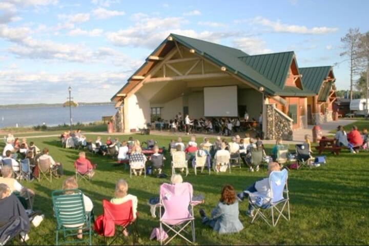 Shell Lake Bandstand - Live music, entertainment