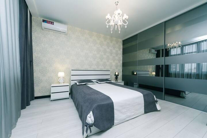 Шикарная дизайнерская 2-комнатная квартира