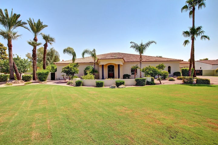 Cust Home Camelback Mt Views by Old Twn Scottsdale