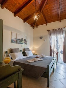 Kyriaki's cozy apartment at Ag.Marina - Agia Marina
